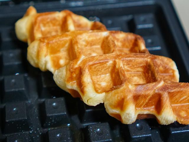 Donut Waffle 'Doffle' Saingan Croffle, Siapa yang Menang?