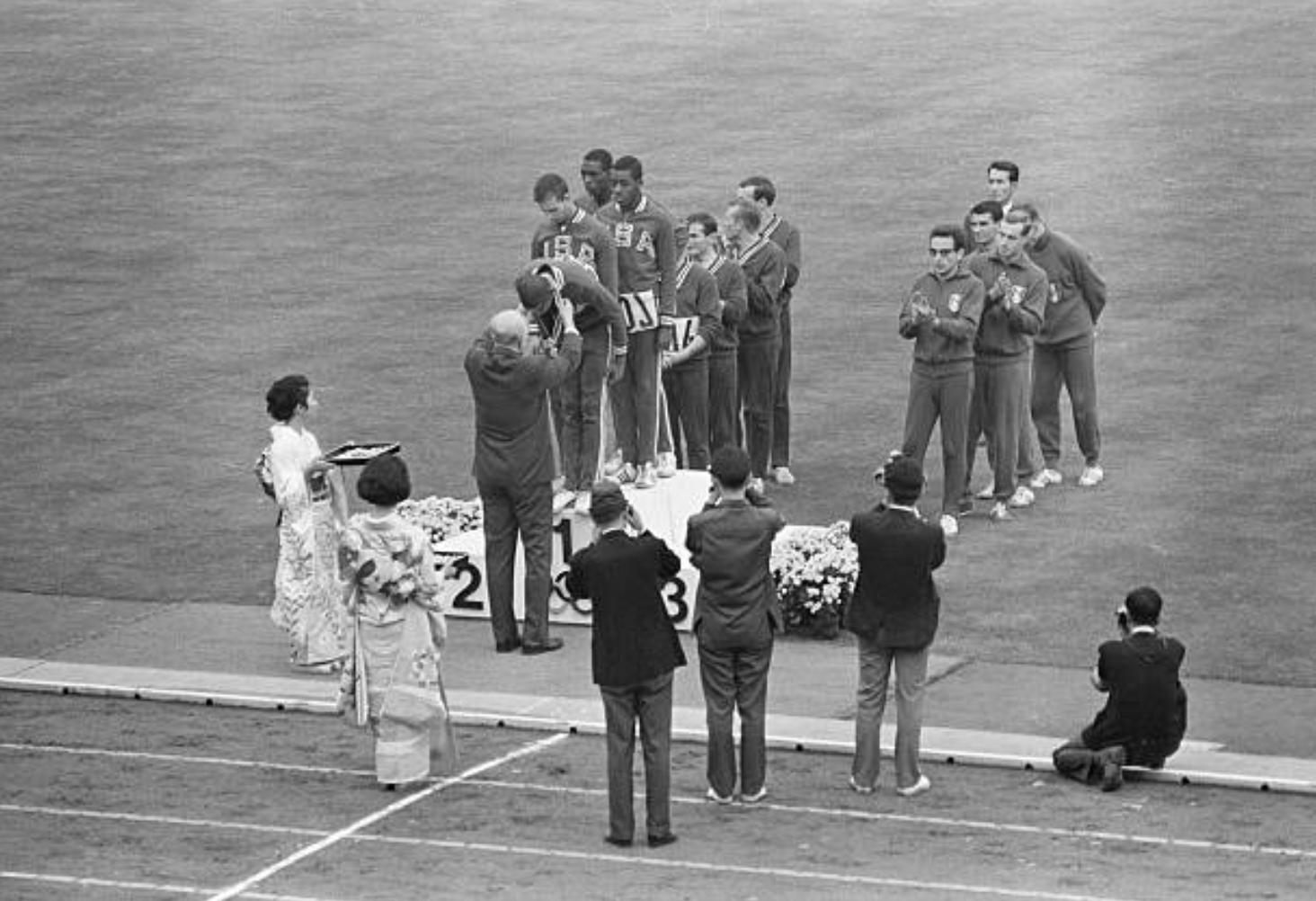 Medali Maraton Dikasih Saat Closing Ceremony, Ternyata Ini Alasannya