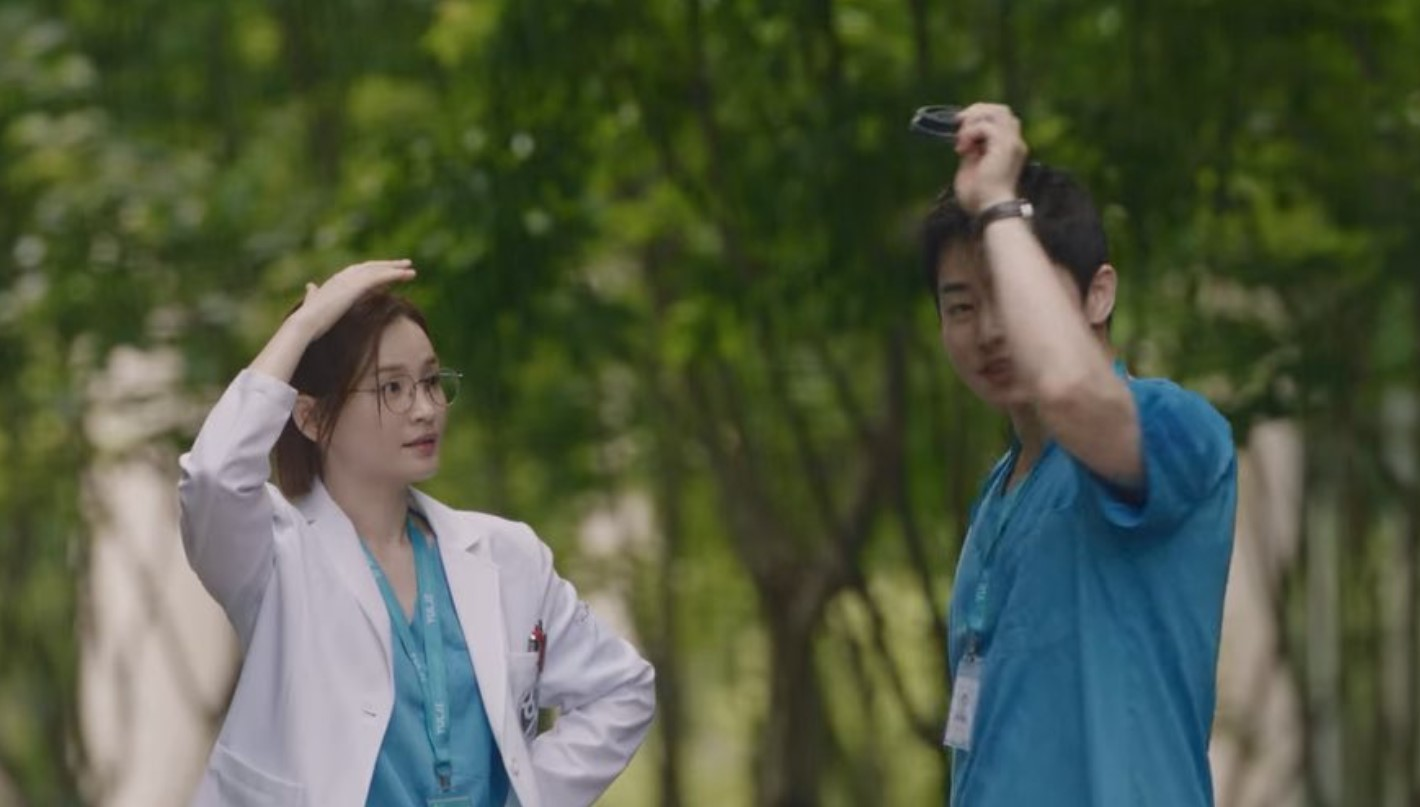 Hospital Playlist 2 Episode 9 Raih Rating Tertinggi