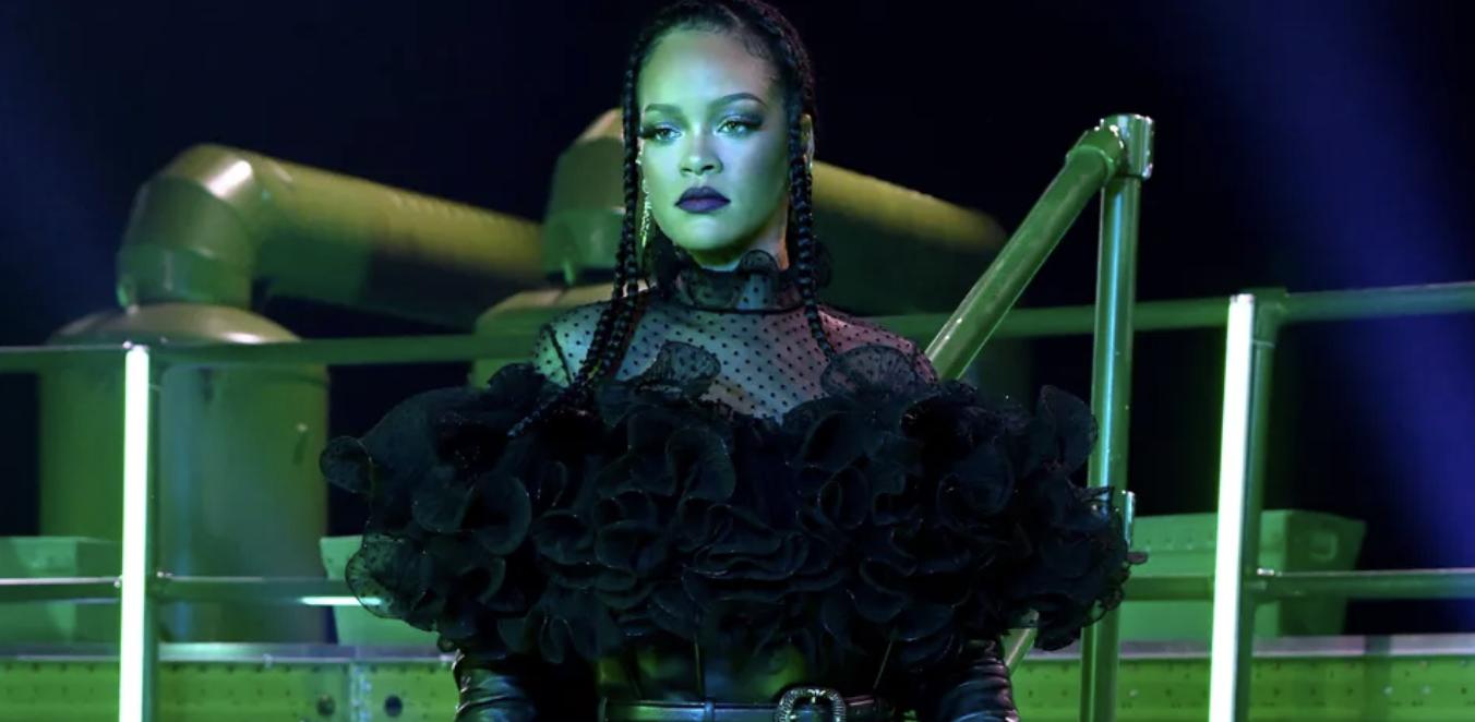 Rihanna 'Savage X Fenty' Bakal Gelar Fashion Show Ketiga, Begini Pengumumannya