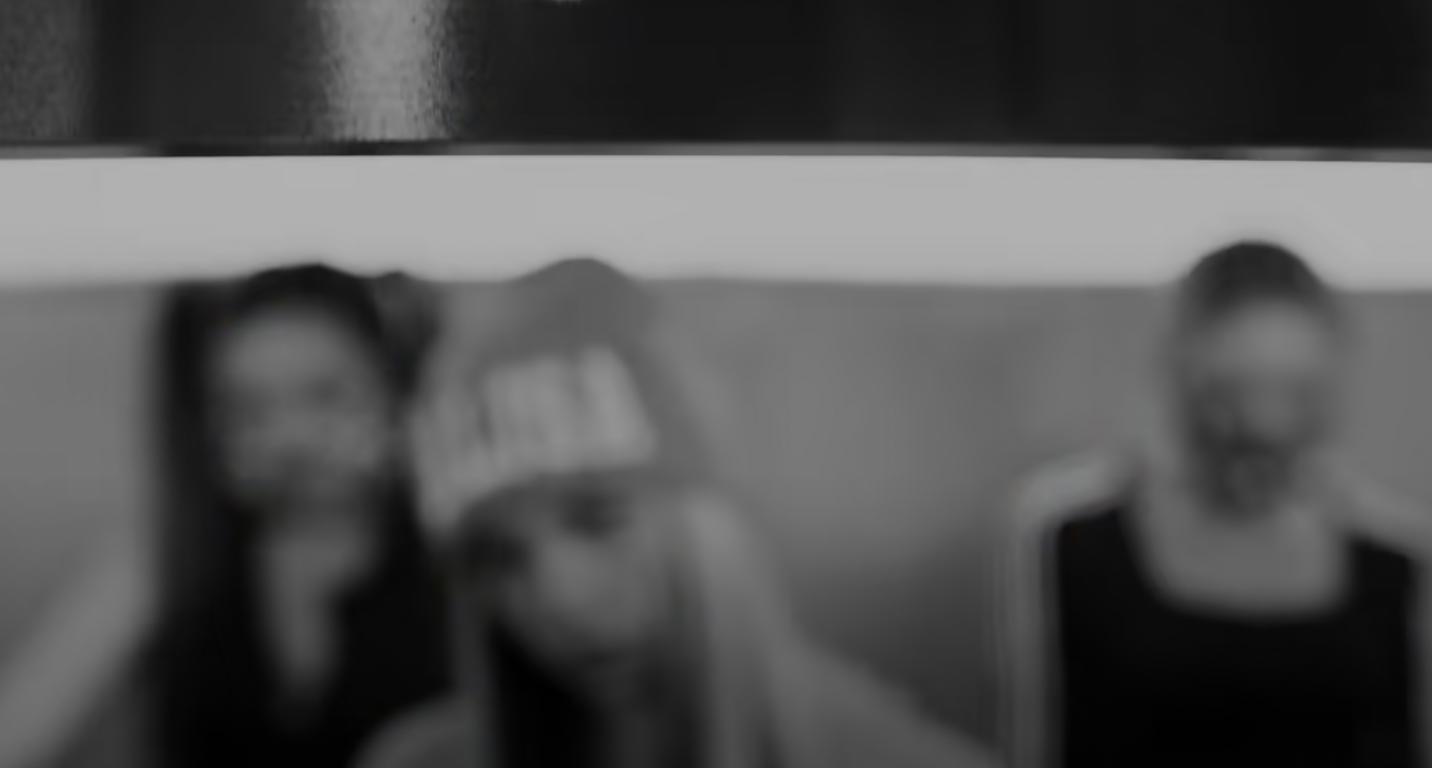 Teaser Album Lalisa