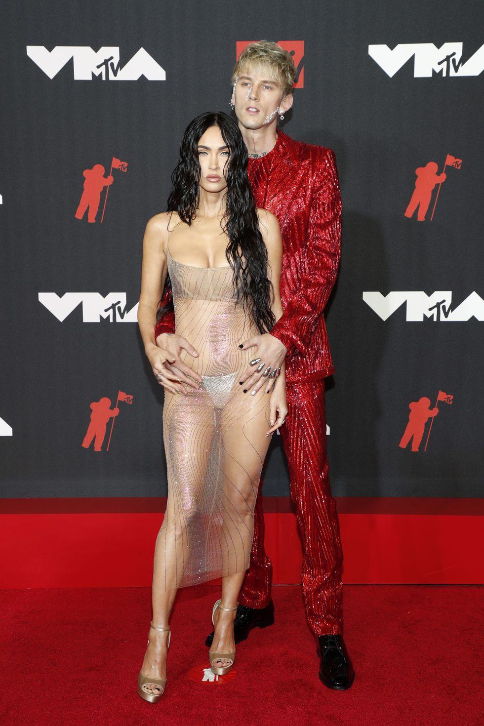 MTV VMAs MGK and Fox