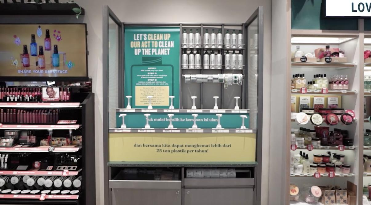 Iqbaal Ramadhan Ajak Gen Z Keren Tanpa Nyampah Bareng The Body Shop