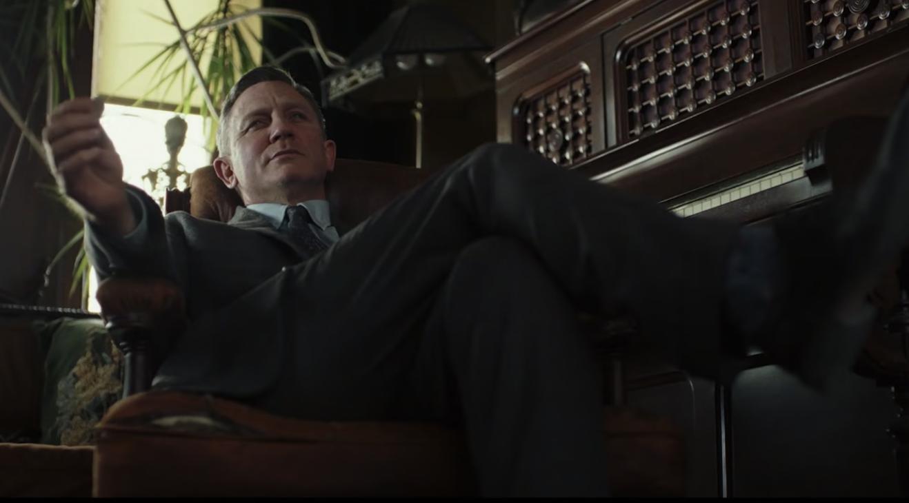 'Knives Out 2' Rampung Syuting, Sutradara Konformasi Daniel Craig Jadi Benoit Blanc Lagi