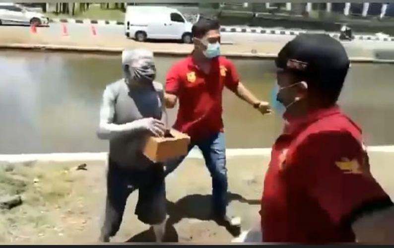 Manusia Silver Diamankan Satpol PP, Ternyata Pensiunan Polri