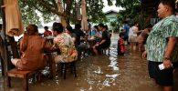 Terkena Banjir, Restoran Ini Malah Ramai Pengunjung! Kok Bisa?